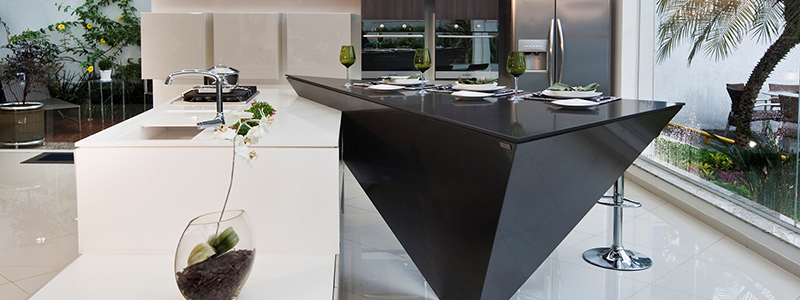 the difference between silestone and granite worktops