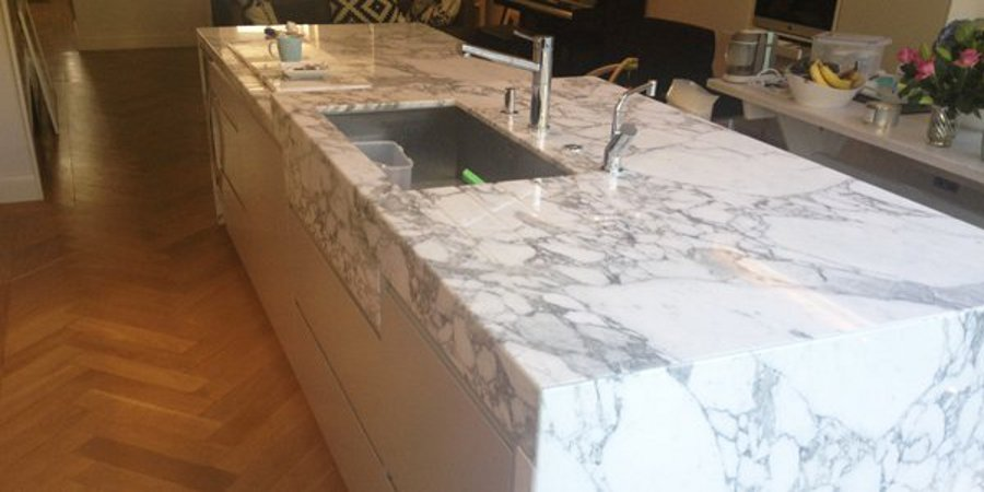 marble kitchen colours