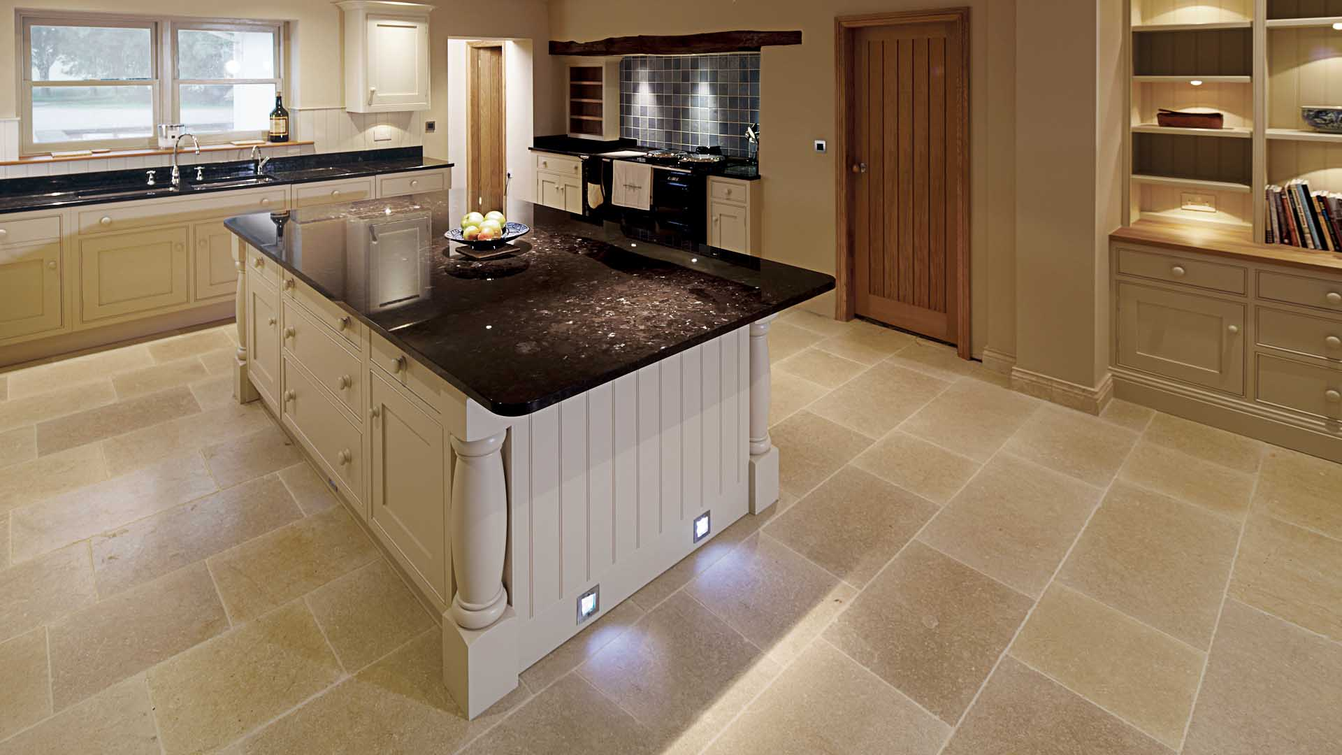 11 Advantages of Black Quartz Kitchen Worktops - SurfaceCo