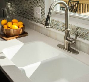 8 Tips for Choosing Bathroom Worktops