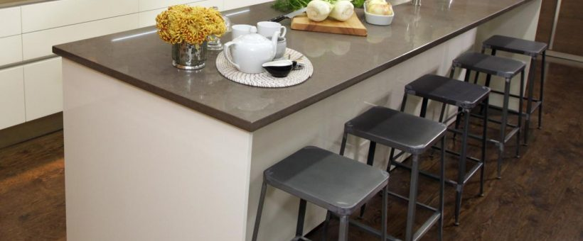 How to Choose the Right Kitchen Island Tops?