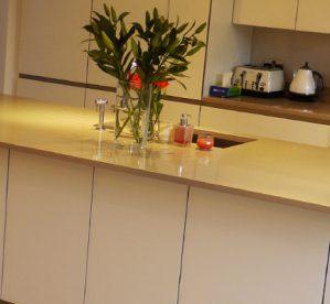 5 Benefits of White Granite Countertops